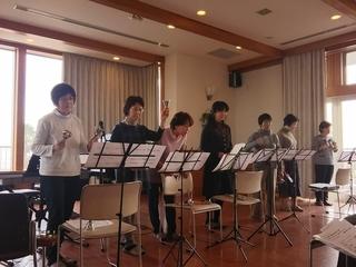マリーナ河芸太田教室クリスマス発表会�@.JPG